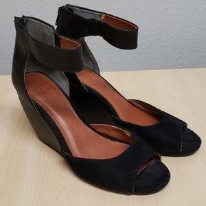 BC Black wedge peep toe ankle strap heels 8.5